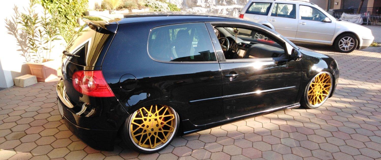VW – Golf 5 – ROTIFORM – BLQ – Gold – 19 Zoll